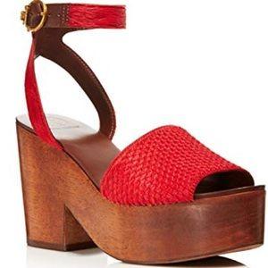 New in box Tory Burch wool heels sandal 👡 red